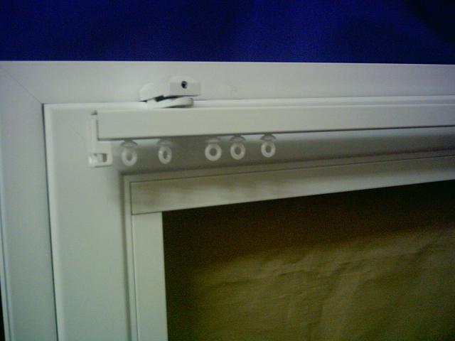 Soporte ventana con mecanismo riel 7300, vista frontal