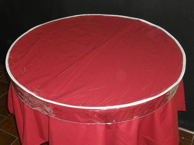 Mantel protector hule para mesa redonda plastico for Manteles para mesas redondas